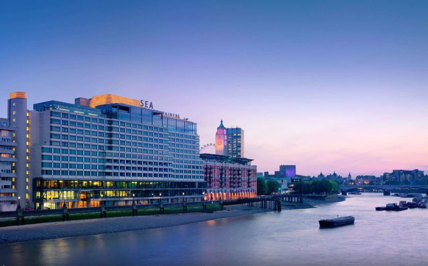 SEA CONTAINERS ALONG THE THAMES RIVER
